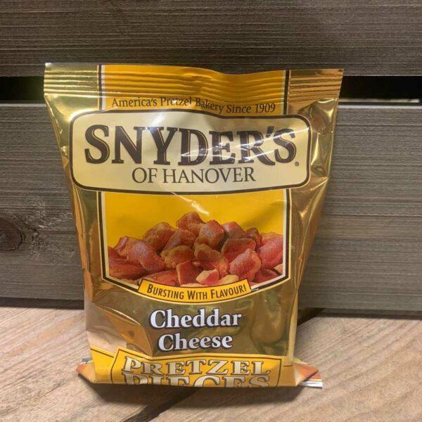 Snyders Pretzel Pieces Cheddar Cheese (125g)
