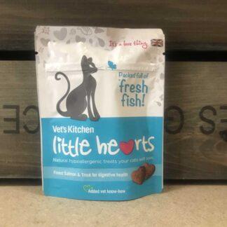 Vet's Kitchen Little Hearts Fresh Fish Cat Treats 85g