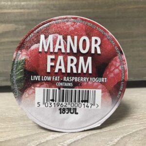 Manor Farm Low Fat Raspberry Live Yogurt (125g)